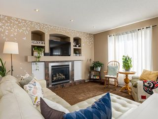 Photo 7: 17 ROYAL ELM Way NW in Calgary: Royal Oak Detached for sale : MLS®# A1034855