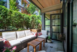 Photo 8: 3673 COMMERCIAL STREET in Vancouver: Victoria VE Townhouse for sale (Vancouver East)  : MLS®# R2375971
