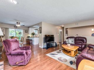 Photo 8: 19349 121A Avenue in Pitt Meadows: Mid Meadows House for sale : MLS®# R2593403