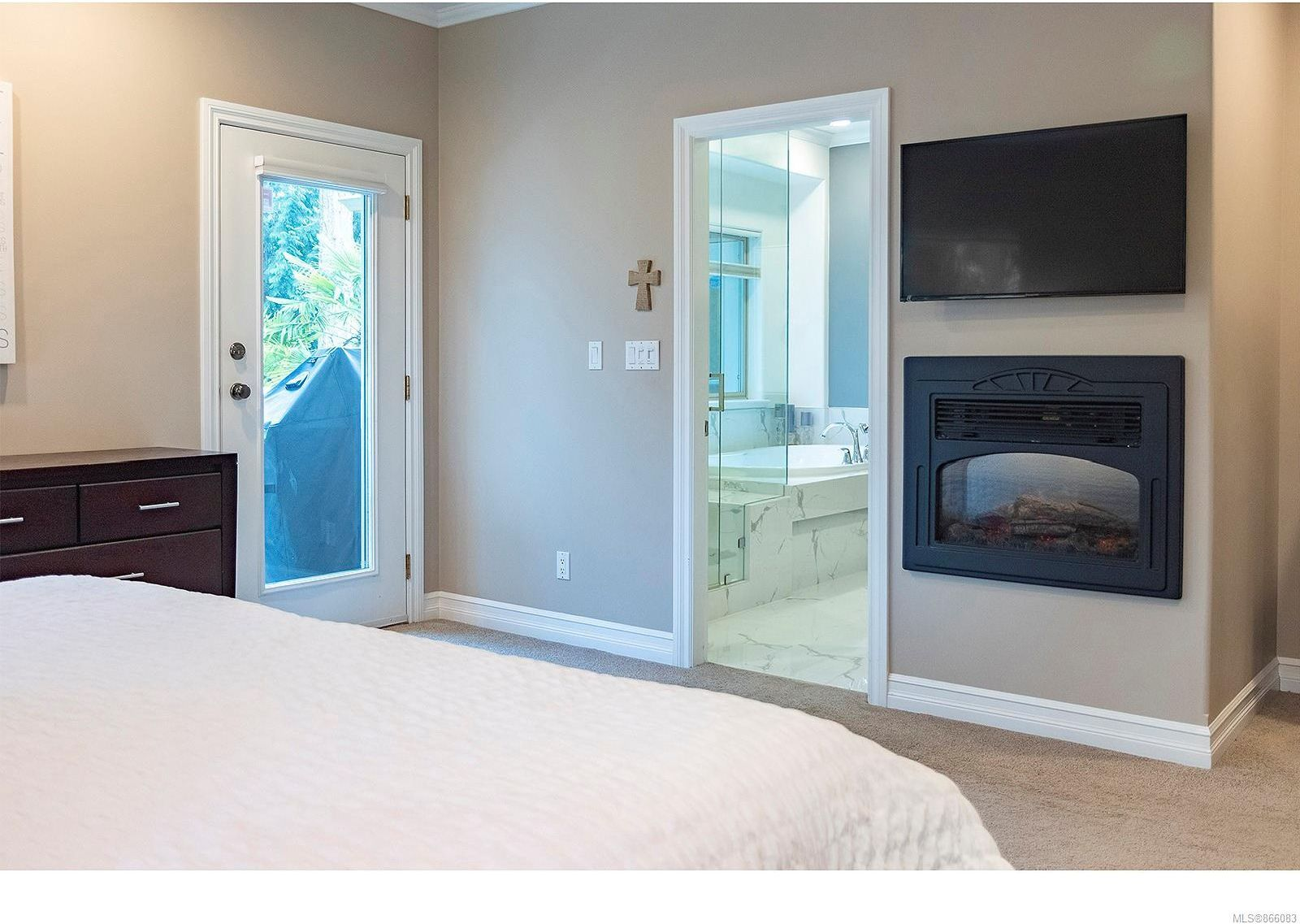 Photo 28: Photos: 5302 Sayward Hill Cres in : SE Cordova Bay House for sale (Saanich East)  : MLS®# 866083