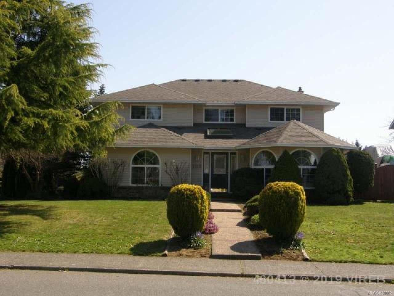 Main Photo: 1212 Malahat Dr in COURTENAY: CV Courtenay East House for sale (Comox Valley)  : MLS®# 830662