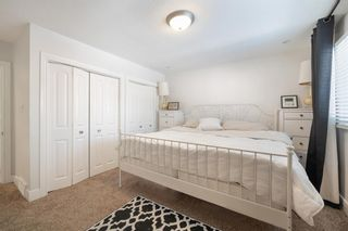 Photo 19: 704 Imperial Way SW in Calgary: Britannia Detached for sale : MLS®# A1081312