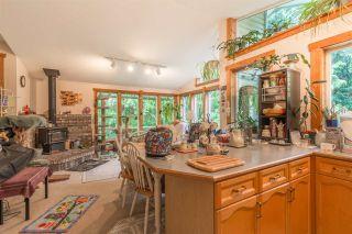 "Photo 11: 5462 MASON Road in Sechelt: Sechelt District House for sale in ""WEST SECHELT"" (Sunshine Coast)  : MLS®# R2174374"