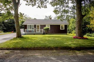Photo 1: 44 Redden Avenue in Kentville: 404-Kings County Residential for sale (Annapolis Valley)  : MLS®# 202120593
