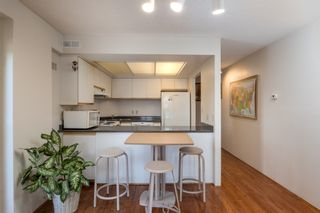 """Photo 7: 205 2428 W 1ST Avenue in Vancouver: Kitsilano Condo for sale in """"NOBLE HOUSE"""" (Vancouver West)  : MLS®# R2450860"""