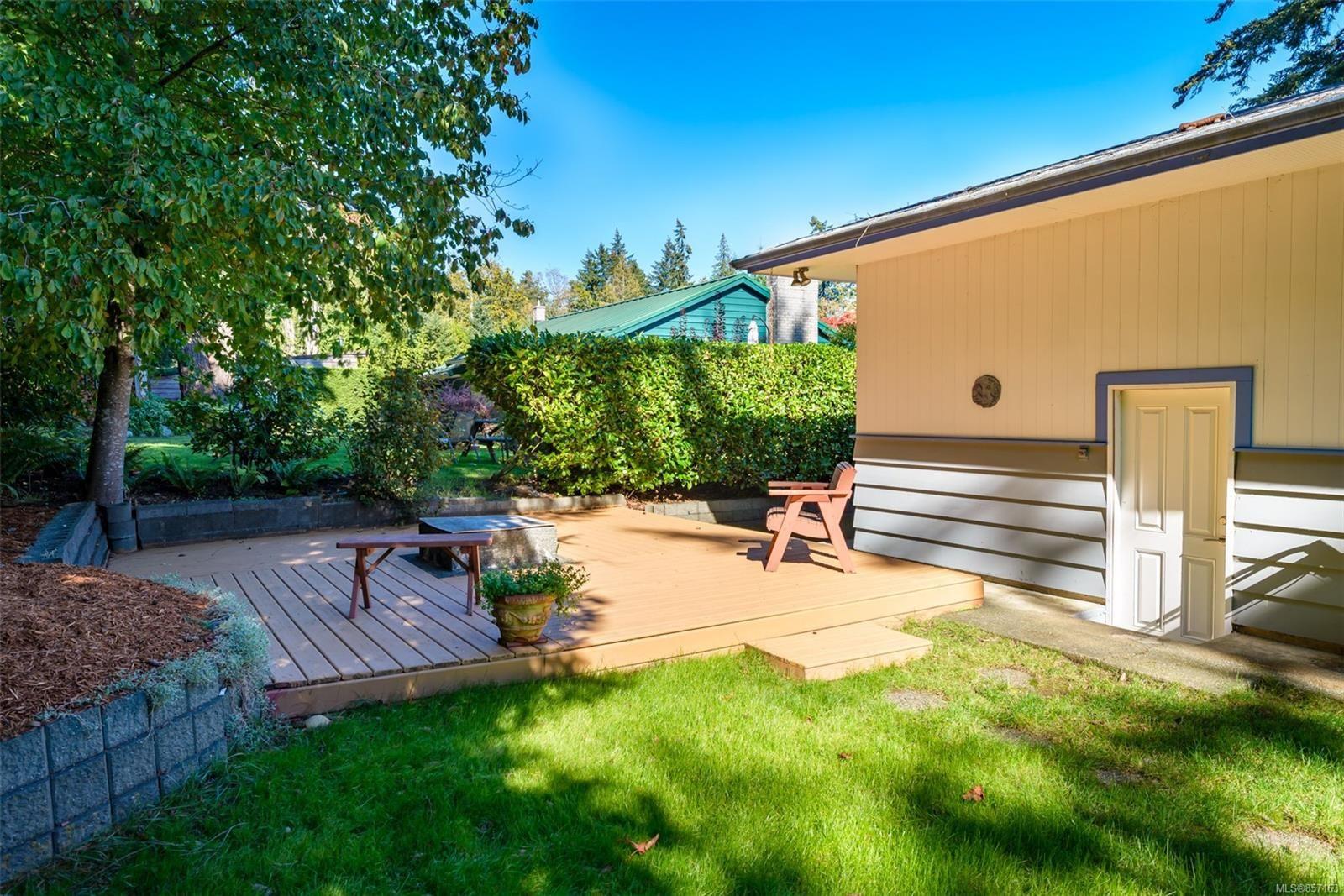 Photo 53: Photos: 4241 Buddington Rd in : CV Courtenay South House for sale (Comox Valley)  : MLS®# 857163
