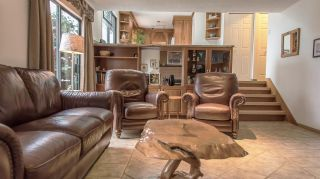 Photo 9: 1982 WILTSHIRE Avenue in Coquitlam: Cape Horn House for sale : MLS®# R2045669