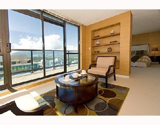 """Photo 7: 3202 1331 ALBERNI Street in Vancouver: West End VW Condo for sale in """"THE LIONS"""" (Vancouver West)  : MLS®# V660192"""