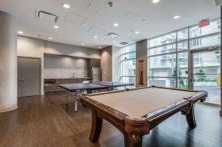 """Photo 19: 1104 89 W 2ND Avenue in Vancouver: False Creek Condo for sale in """"PINNACLE LIVING FALSE CREEK"""" (Vancouver West)  : MLS®# R2250974"""