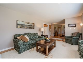 """Photo 6: 82 CLOVERMEADOW Crescent in Langley: Salmon River House for sale in """"Salmon River"""" : MLS®# R2485764"""
