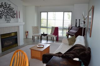 """Photo 2: 229 19528 FRASER Highway in Surrey: Cloverdale BC Condo for sale in """"FAIRMONT"""" (Cloverdale)  : MLS®# R2087979"""