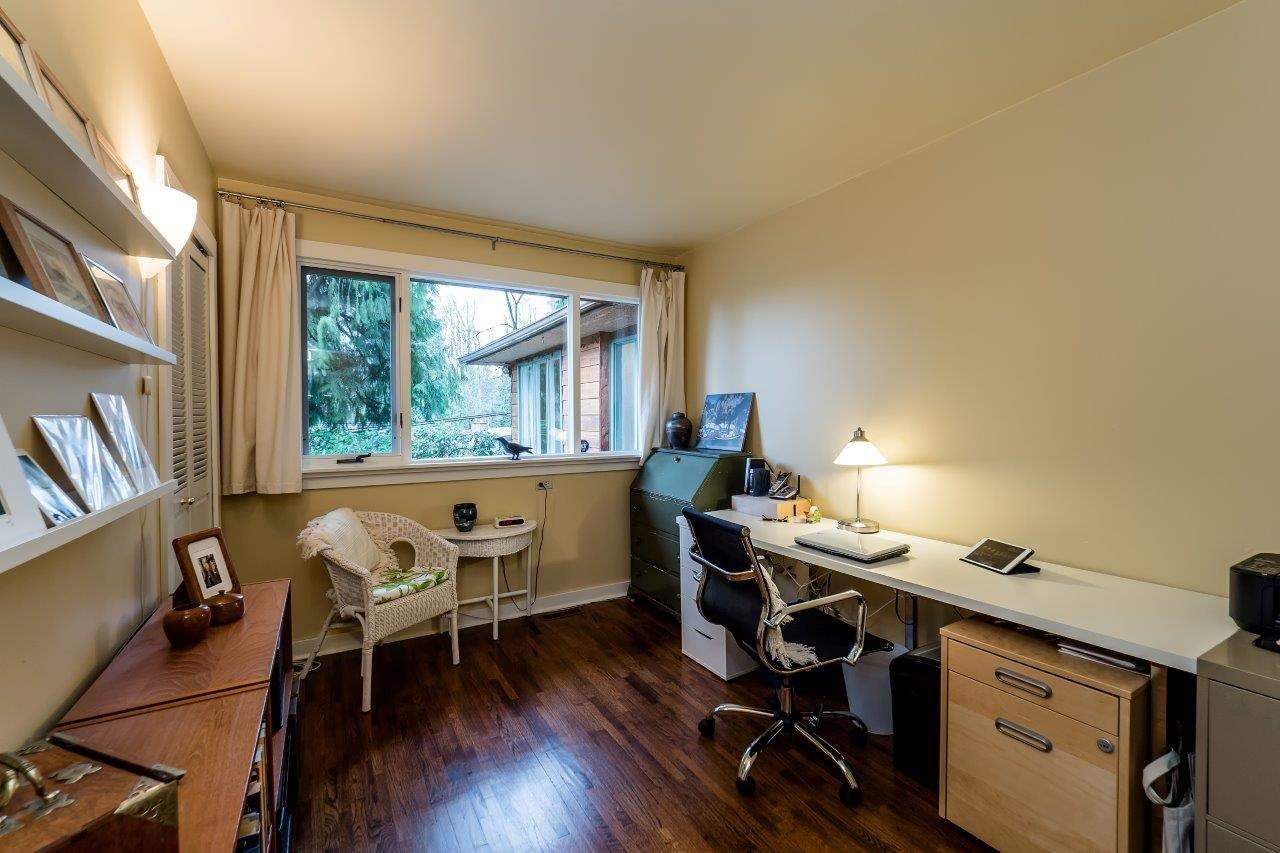 Photo 13: Photos: 3322 WAYNE Drive in North Vancouver: Delbrook House for sale : MLS®# R2045446
