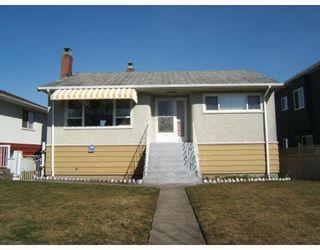 """Photo 3: 2579 E 42ND Avenue in Vancouver: Killarney VE House for sale in """"KILLARNEY"""" (Vancouver East)  : MLS®# V756949"""
