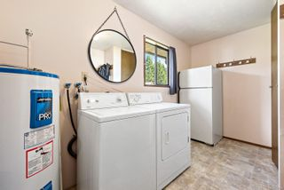 Photo 5: 3111 Bood Rd in : CV Courtenay West House for sale (Comox Valley)  : MLS®# 878126