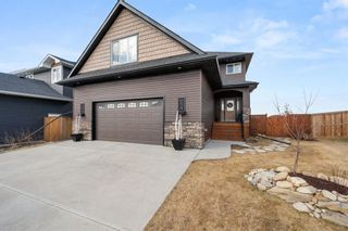 Photo 1: 654 West Highland Crescent: Carstairs Detached for sale : MLS®# A1093156