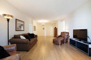 Photo 7: 206 1725 MARTIN Drive in Surrey: Sunnyside Park Surrey Condo for sale (South Surrey White Rock)  : MLS®# R2604978