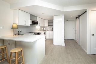 Photo 4: 207 9805 Second St in : Si Sidney North-East Condo for sale (Sidney)  : MLS®# 877301