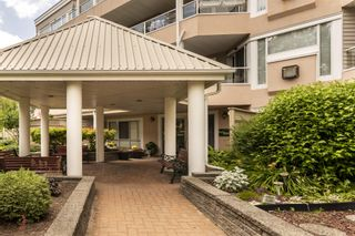 "Photo 20: 217 11605 227 Street in Maple Ridge: East Central Condo for sale in ""THE HILLCREST"" : MLS®# R2382666"