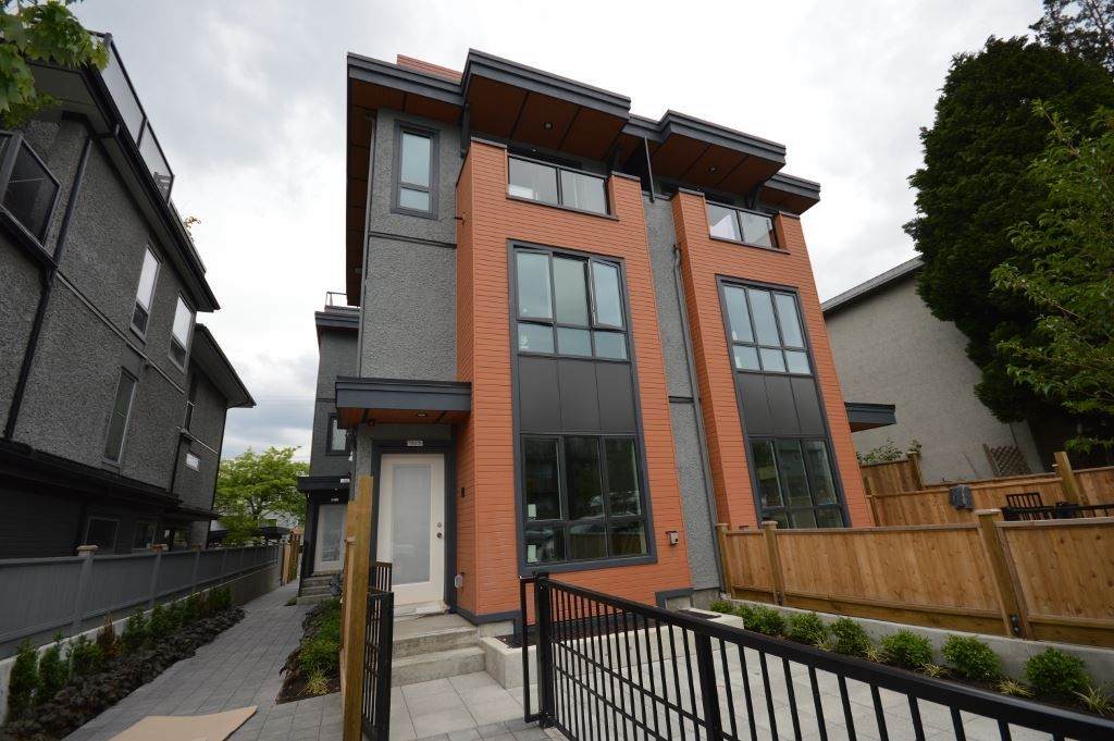 Main Photo: 1861 ADANAC STREET in Vancouver: Hastings Townhouse for sale (Vancouver East)  : MLS®# R2191054