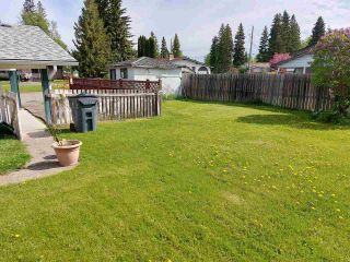 Photo 3: 1625 REBMAN Crescent in Prince George: Perry House for sale (PG City West (Zone 71))  : MLS®# R2586055