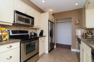 "Photo 22: 406 1280 FIR Street: White Rock Condo for sale in ""Oceana Villa"" (South Surrey White Rock)  : MLS®# F1418314"