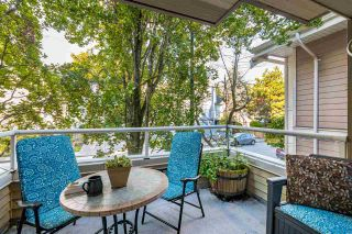 """Photo 3: 3 925 TOBRUCK Avenue in North Vancouver: Mosquito Creek Townhouse for sale in """"KENSINGTON GARDEN"""" : MLS®# R2510119"""