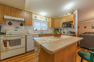 Photo 9: 3046 Lakeview Drive in Edmonton: Zone 59 Mobile for sale : MLS®# E4241221