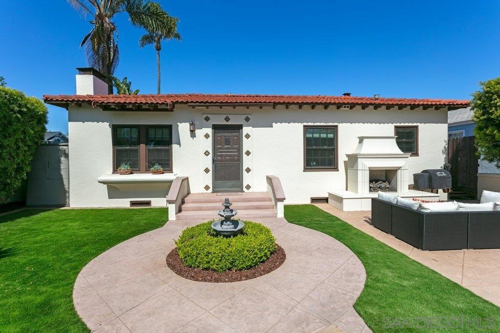 Main Photo: CORONADO VILLAGE House for sale : 2 bedrooms : 376 H Ave in Coronado