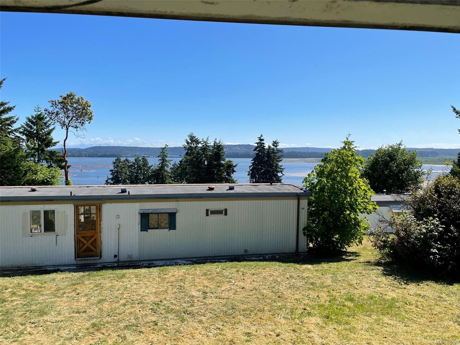 Main Photo: 34 1000 Chase River Rd in : Na South Nanaimo Manufactured Home for sale (Nanaimo)  : MLS®# 879008