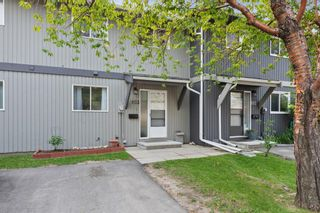 Main Photo: 103 120 Silvercreek Close NW in Calgary: Silver Springs Row/Townhouse for sale : MLS®# A1129249