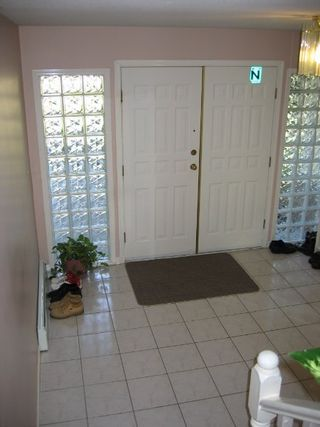 Photo 2: 5927 135A ST: House for sale (Panorama Ridge)  : MLS®# 2417182