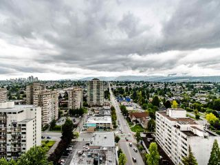 """Photo 23: 2003 612 SIXTH Street in New Westminster: Uptown NW Condo for sale in """"WOODWARD"""" : MLS®# R2472941"""