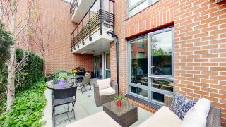 """Photo 8: 313 2477 CAROLINA Street in Vancouver: Mount Pleasant VE Condo for sale in """"The Midtown"""" (Vancouver East)  : MLS®# R2575398"""