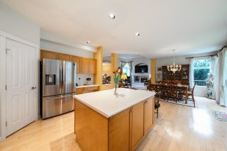 Photo 8: 15497 ROSEMARY HEIGHTS Crescent in Surrey: Morgan Creek House for sale (South Surrey White Rock)  : MLS®# R2625381