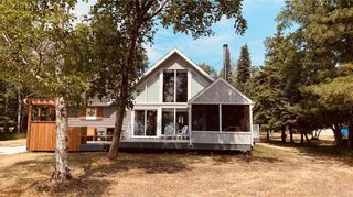 Photo 1: 120 OJIBWA Bay in Buffalo Point: R17 Residential for sale : MLS®# 202117945