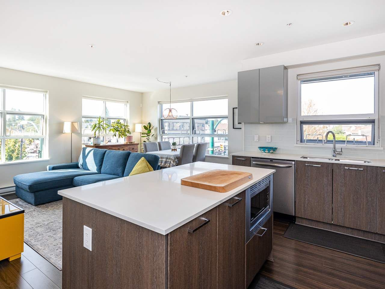 Photo 8: Photos: 306 202 E 24TH AVENUE in Vancouver: Main Condo for sale (Vancouver East)  : MLS®# R2406713