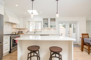 "Photo 6: 2788 GORDON Avenue in Surrey: Crescent Bch Ocean Pk. House for sale in ""CRESCENT BEACH"" (South Surrey White Rock)  : MLS®# R2549454"