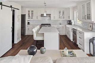 Photo 15: 712 Warder Pl in VICTORIA: Es Rockheights House for sale (Esquimalt)  : MLS®# 810671