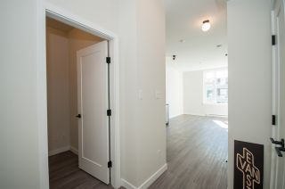 """Photo 13: 317 311 E 6TH Avenue in Vancouver: Mount Pleasant VE Condo for sale in """"The Wohlsein"""" (Vancouver East)  : MLS®# R2438837"""