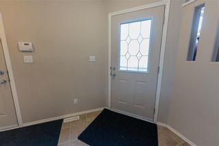 Photo 3: 10 Pamela Road in Winnipeg: Island Lakes Residential for sale (2J)  : MLS®# 202120895