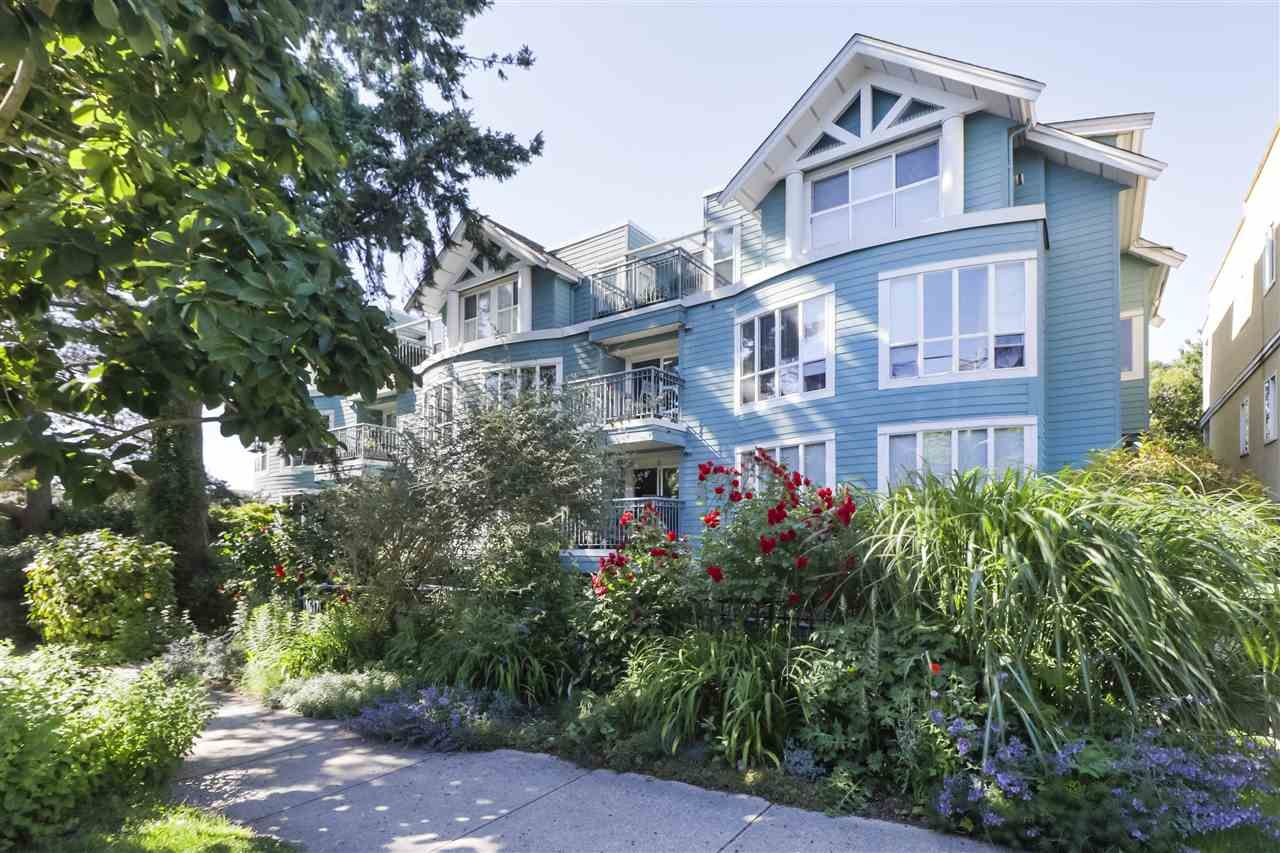 Main Photo: 304 1617 GRANT STREET in Vancouver: Grandview Woodland Condo for sale (Vancouver East)  : MLS®# R2466307