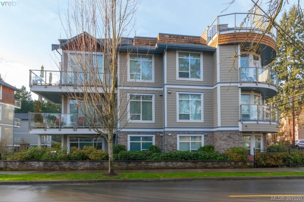 Main Photo: 305 611 Goldstream Ave in VICTORIA: La Fairway Condo for sale (Langford)  : MLS®# 777689
