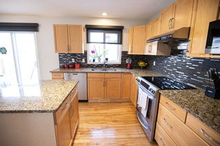 Photo 4: 6985 STROM Lane in Edmonton: Zone 14 House for sale : MLS®# E4237022