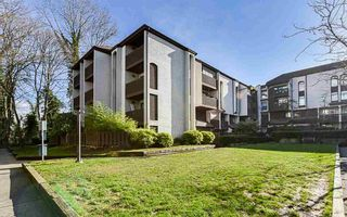 "Main Photo: 403 365 GINGER Drive in New Westminster: Fraserview NW Condo for sale in ""Fraser Mews"" : MLS®# R2542323"