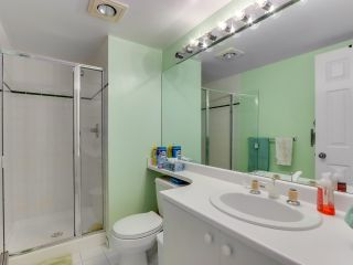 "Photo 17: 901 6152 KATHLEEN Avenue in Burnaby: Metrotown Condo for sale in ""THE EMBASSY"" (Burnaby South)  : MLS®# R2568817"