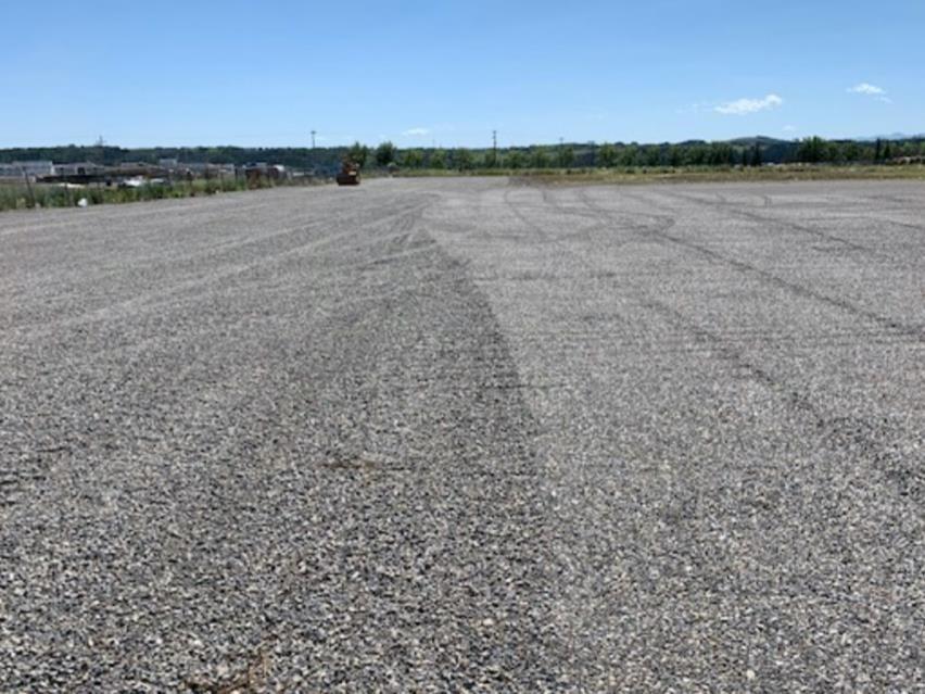 Main Photo: 325 RAILWAY Street E: Cochrane Industrial for sale : MLS®# C4277979