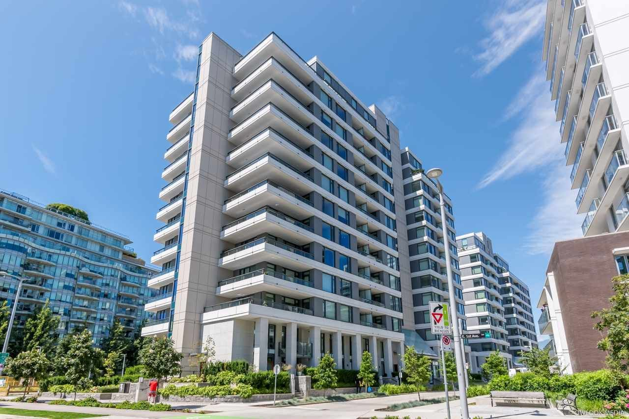 """Main Photo: 405 1688 PULLMAN PORTER Street in Vancouver: Mount Pleasant VE Condo for sale in """"NAVIO"""" (Vancouver East)  : MLS®# R2485502"""