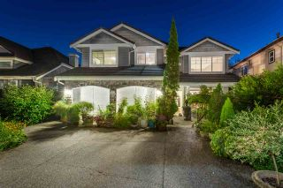Photo 1: 309 PARKSIDE Drive in Port Moody: Heritage Mountain House for sale : MLS®# R2561988