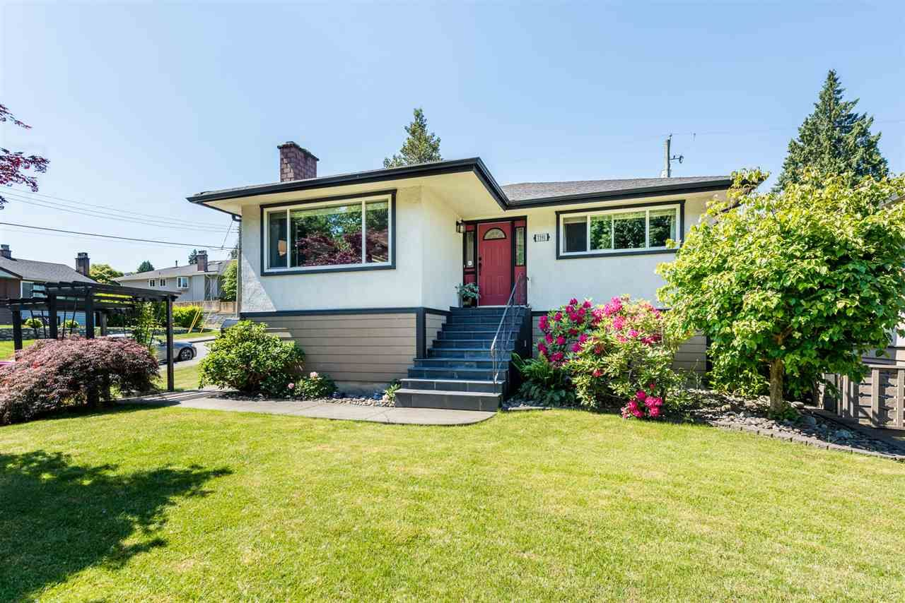 Main Photo: 7391 NEWCOMBE STREET in : East Burnaby House for sale : MLS®# R2284034