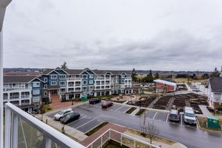 """Photo 23: # 414 -16388 64 Avenue in Surrey: Cloverdale BC Condo for sale in """"THE RIDGE AT BOSE FARMS"""" (Cloverdale)  : MLS®# R2143424"""